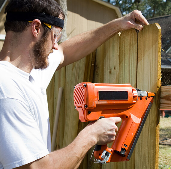 fence building and fence repair services in Melbourne